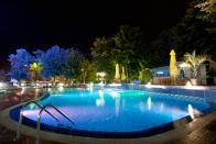 светильники для декора бассейнов